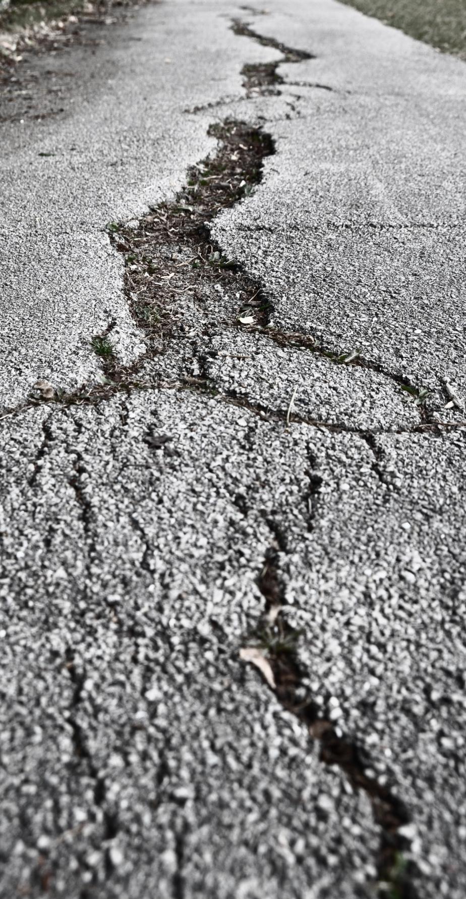 Cracks as fractals?